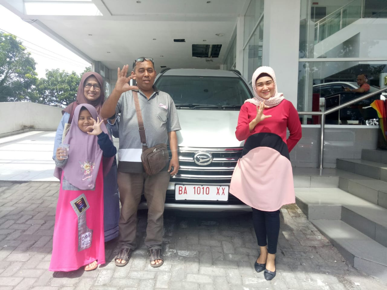 Sales Marketing Mobil Dealer Daihatsu Susan